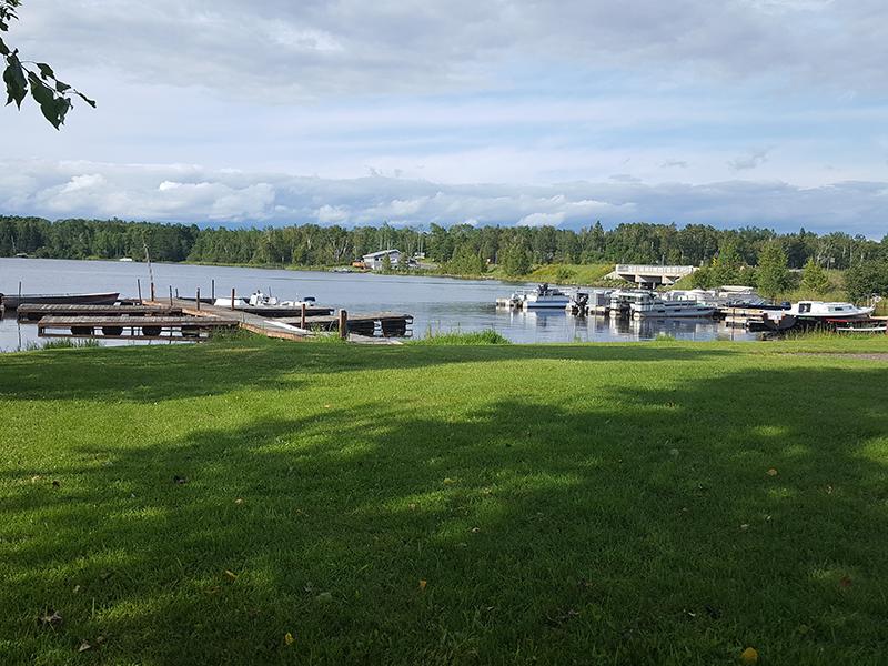 Eagle's Nest Resort on Fish Lake, Duluth MN