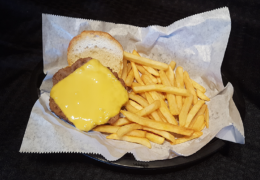Kid's Cheeseburger & Fries basket
